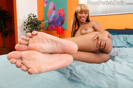 blonde, cum, feet, foot