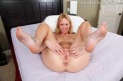 wide ass blonde maid