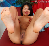 Honeyed horny babe drops lingerie for hot feet licking, cunt fucking and