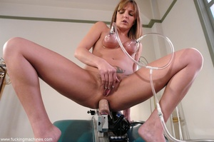 Petite young lady gets drilled by a fuck - XXX Dessert - Picture 4