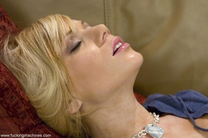 Petite blonde lady wants to tease her cu - XXX Dessert - Picture 5