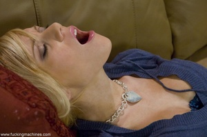 Petite blonde lady wants to tease her cu - XXX Dessert - Picture 6