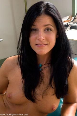dark haired babe trimmed
