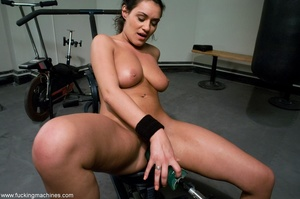 Busty slut with big tits working out and - XXX Dessert - Picture 12