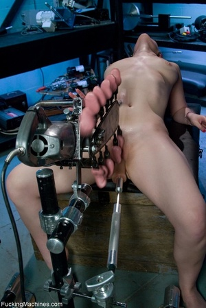 Curvy darling with big boobs gets fucked - XXX Dessert - Picture 11