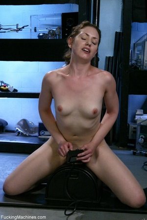 Petite gal rides a sybian and enjoys dri - XXX Dessert - Picture 13