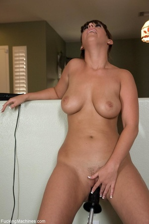 Brunette gal with a curvy body pleasing  - XXX Dessert - Picture 10