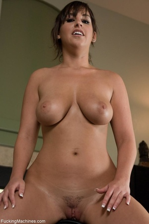 Brunette gal with a curvy body pleasing  - XXX Dessert - Picture 17