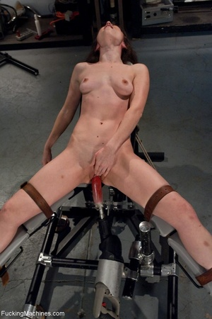 Tied up gal using her vibrator and getti - XXX Dessert - Picture 8