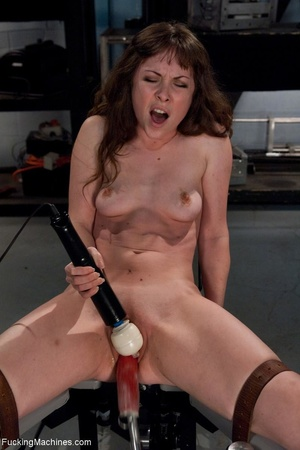 Tied up gal using her vibrator and getti - XXX Dessert - Picture 10