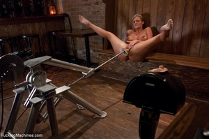 Curvy blonde gal with huge tits drilling - XXX Dessert - Picture 8