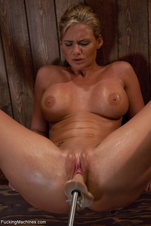 Curvy blonde gal with huge tits drilling - XXX Dessert - Picture 10