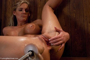 Curvy blonde gal with huge tits drilling - XXX Dessert - Picture 14