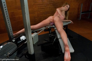 Long haired blonde gal wants to get off  - XXX Dessert - Picture 12