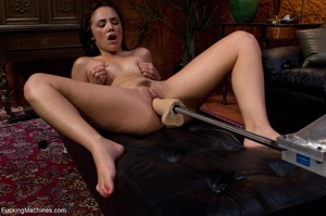 Brunette lady with a natural body teasin - XXX Dessert - Picture 6