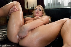 Curby blondie takes off her sexy clothes - XXX Dessert - Picture 9