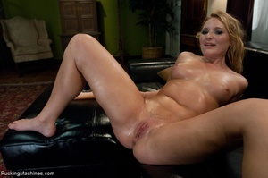Curby blondie takes off her sexy clothes - XXX Dessert - Picture 17