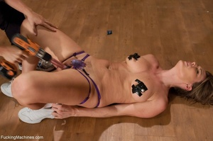 Fit blonde honey likes to work out and t - XXX Dessert - Picture 17