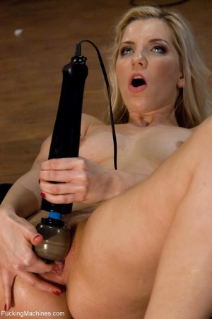 Blonde bitch needs so many sex toys to s - XXX Dessert - Picture 13