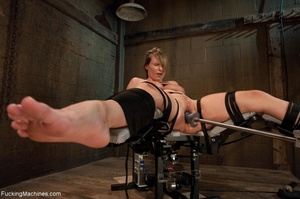 Tied up blonde honey getting her smooth  - XXX Dessert - Picture 7