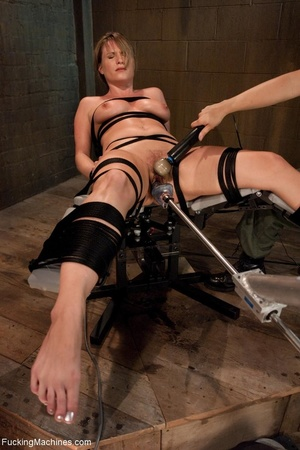 Tied up blonde honey getting her smooth  - XXX Dessert - Picture 8