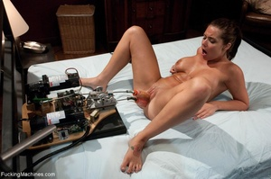 Brunette lady with a natural body using  - XXX Dessert - Picture 14