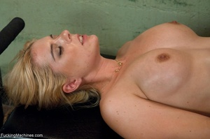 Blonde gal with huge titties gets wet an - XXX Dessert - Picture 17