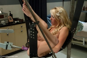 Cute blonde gal needs many sex toys for  - XXX Dessert - Picture 16