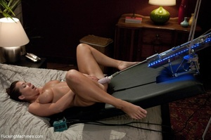 Hot darling using so many sex toys to sa - XXX Dessert - Picture 3