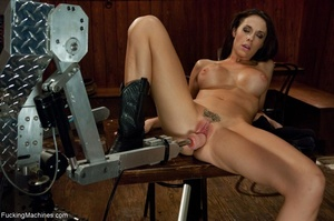 Cowgirl with a trimmed cunt gets rammed  - XXX Dessert - Picture 5