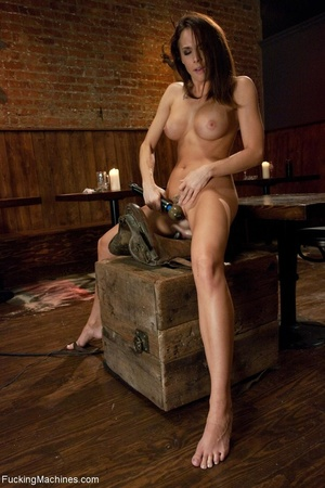 Cowgirl with a trimmed cunt gets rammed  - XXX Dessert - Picture 13