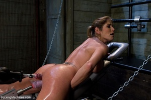 Oiled up bitch is ready to test all her  - XXX Dessert - Picture 9