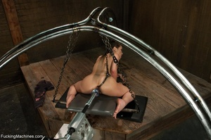 Dark haired gal with a trimmed cunt want - XXX Dessert - Picture 12