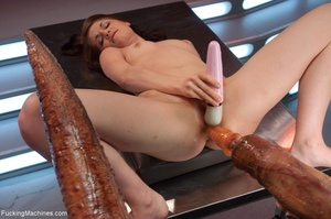 Young cutie is ready to get drilled by a - XXX Dessert - Picture 6