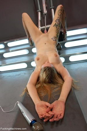 Tattooed blonde with huge tits gets her  - XXX Dessert - Picture 8