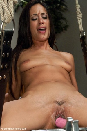 Slender brunette with small titties gett - XXX Dessert - Picture 5