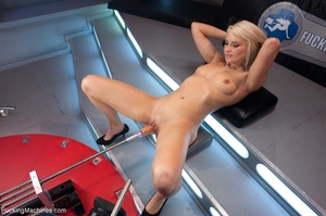 Sweet looking blonde babe gets her tight - XXX Dessert - Picture 4