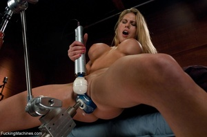 Blonde bitch with perky titties gets a d - XXX Dessert - Picture 1