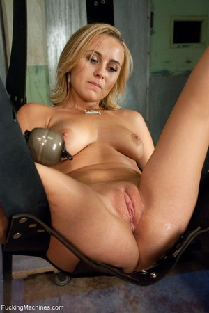 Petite blonde darling is ready for a nas - XXX Dessert - Picture 4