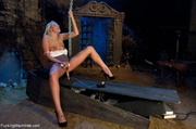blondie rides sybian and