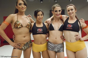 Lady wrestlers prove the fact that t-gir - XXX Dessert - Picture 1