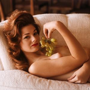 Redhead Playboy model showing her gorgeo - XXX Dessert - Picture 5