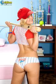 delish dame sexy baseball