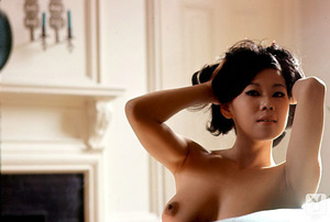 Pretty asian babe exposes herself in som - XXX Dessert - Picture 4