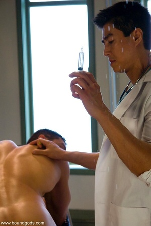 Kinky Asian doctor and his assistant hav - XXX Dessert - Picture 3
