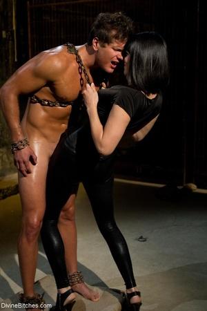 Bitch in a black corset fucks a guy afte - XXX Dessert - Picture 3