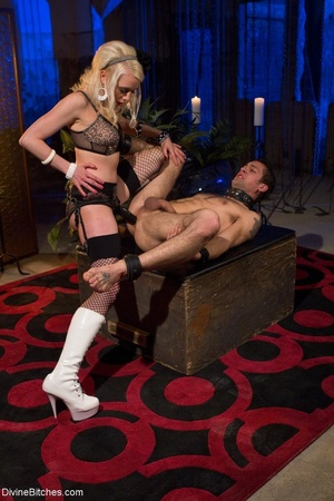 Babe in white boots and black fishnets f - XXX Dessert - Picture 10