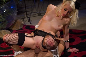 Babe in white boots and black fishnets f - XXX Dessert - Picture 18