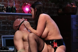 Female with fantastic tits wears black r - XXX Dessert - Picture 9