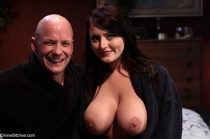 Female with fantastic tits wears black r - XXX Dessert - Picture 18